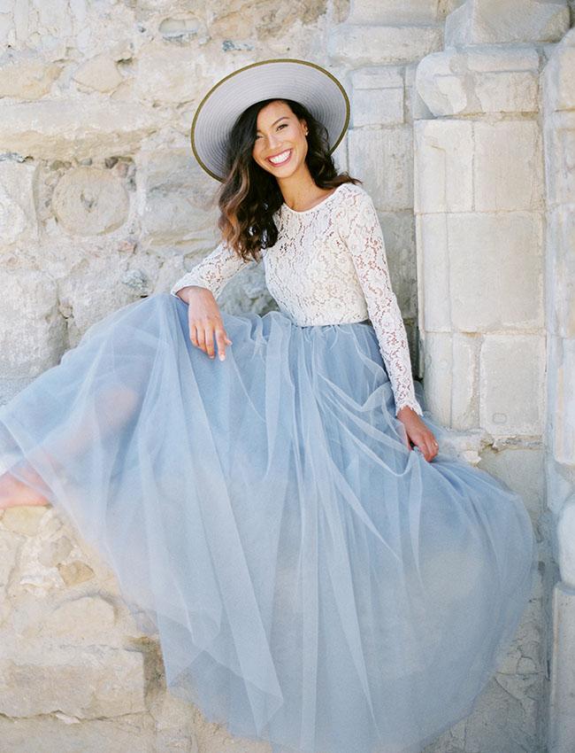 suknia ślubna pantone