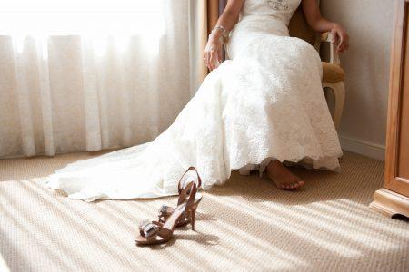 Idealne buty na ślub. Czym się kierować podczas zakupów?